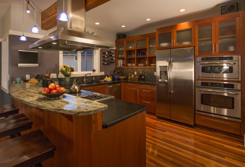 Kitchen with waterproof laminate flooring