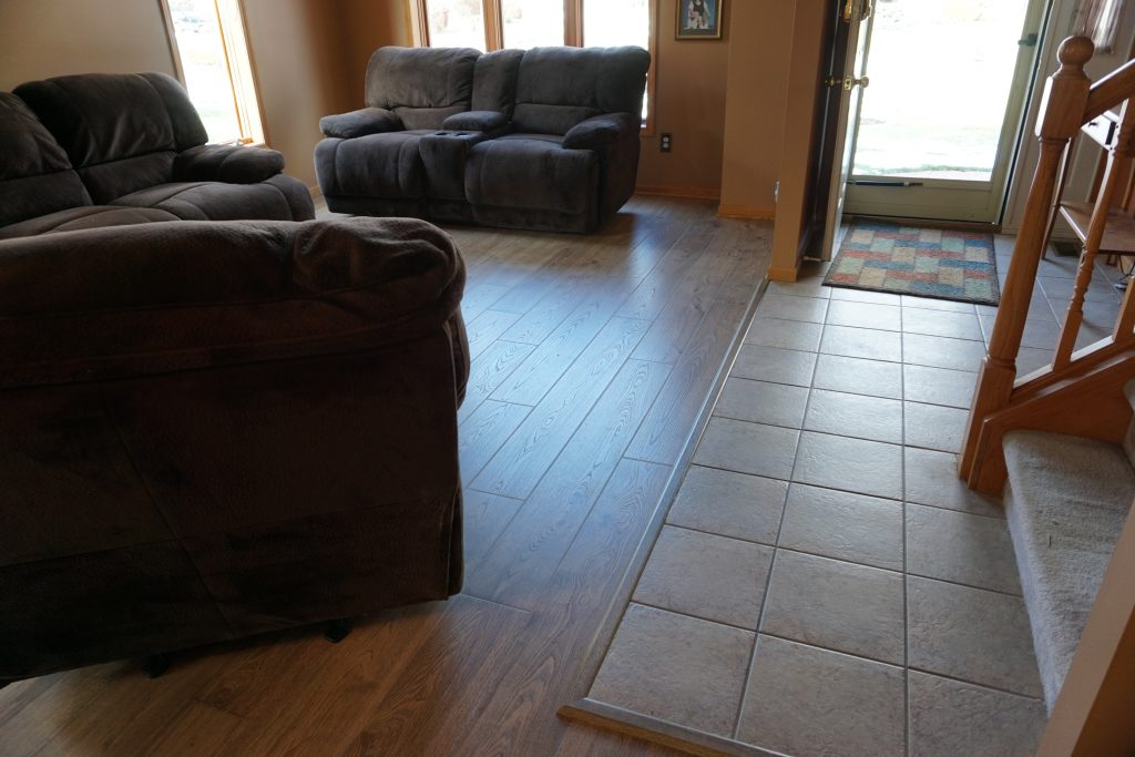 laminate transition used between tile foyer and laminate living room