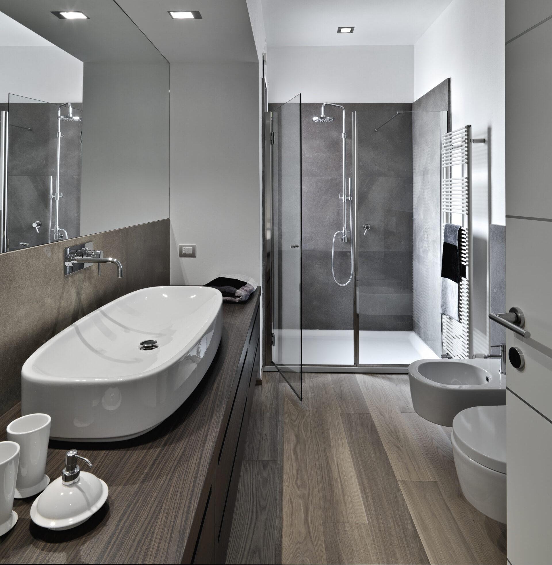 Bathroom Flooring, Should You Put Laminate Flooring In Bathrooms